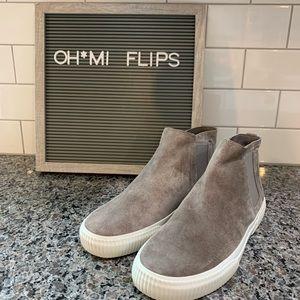 Vince Kelowna Woodsmoke Slip On Sneakers NEW